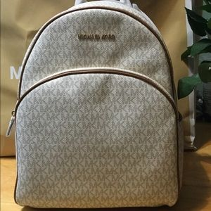 MK,Abbey Vanilla/Acorn Backpack